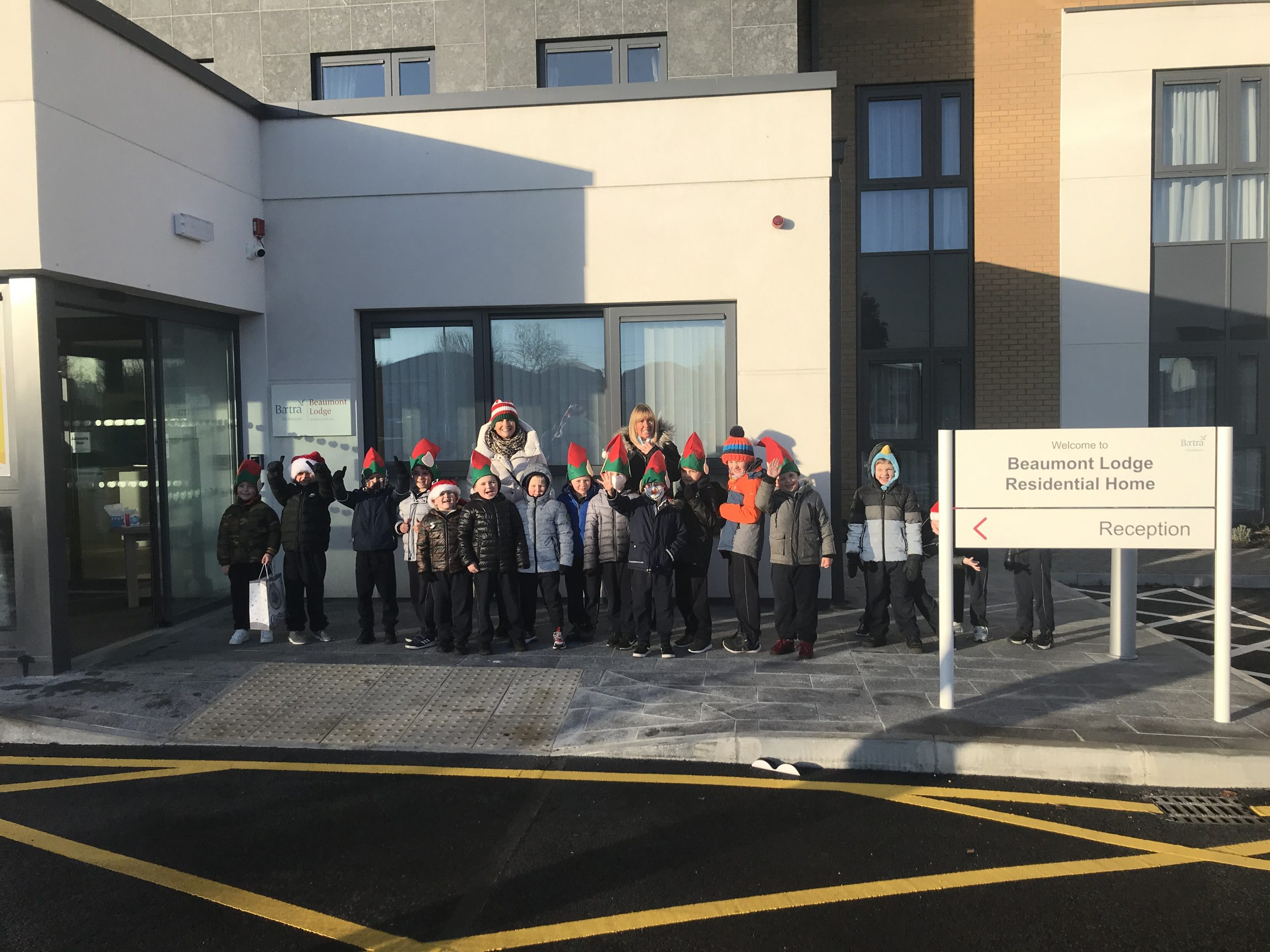 The Elves from Scoil Fhursa called with Christmas cards for the residents at Beaumont Lodge!